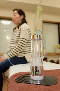 水素ボトル写真